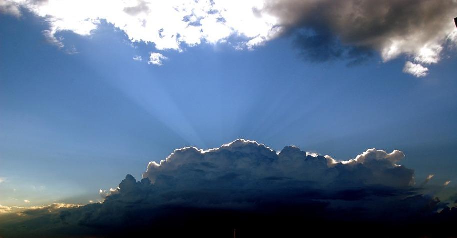 clouds-428167_960_720